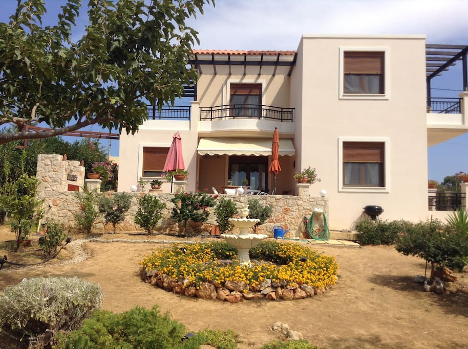 Villas To Rent Chorafakia Crete
