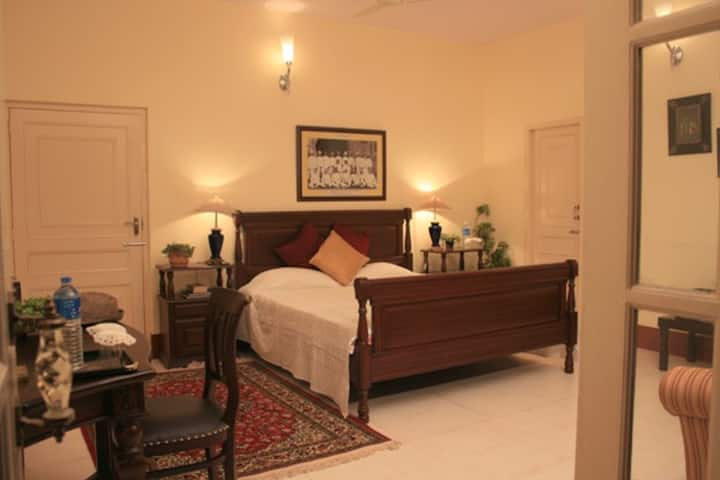 Experience a wonderful Homestay ( Private Room AC)