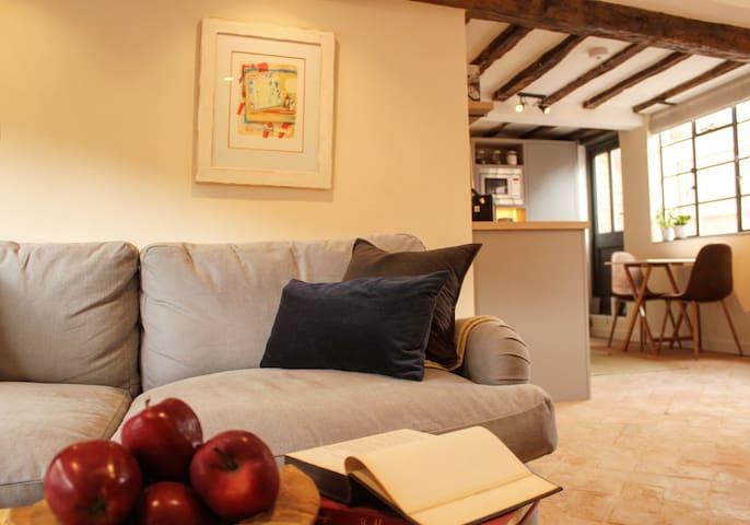 Modern Medieval Cottage in Lavenham, Suffolk