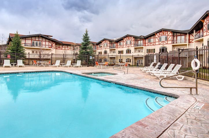 Resort Condo Near Park City - Midway - Osakehuoneisto