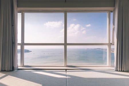 FREE芙芮/270°无死角海景/在北欧设计感房屋内体验在海风中醒来(紧挨哈工大山大)