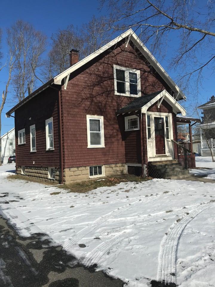 Peabody/Salem line, Massachusetts - Entire House!