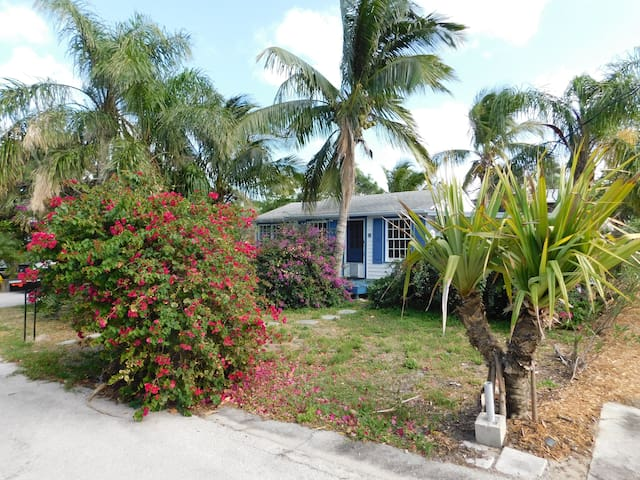 1940's Newly Renovated Jensen Beach Bungelow - Jensen Beach - Ev