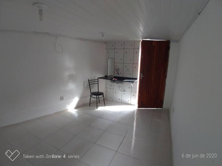 Quarto ventilado e o banheiro 🚻  para 2 quartos