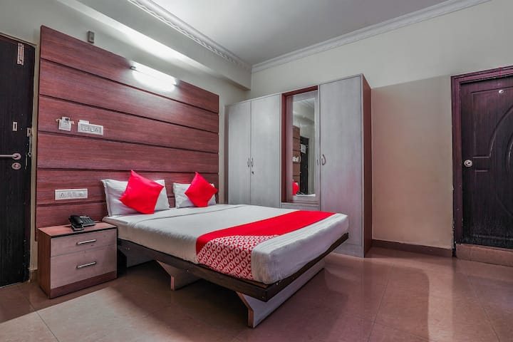 OYO Capital 0 Furnished Hotel in Hyderabad