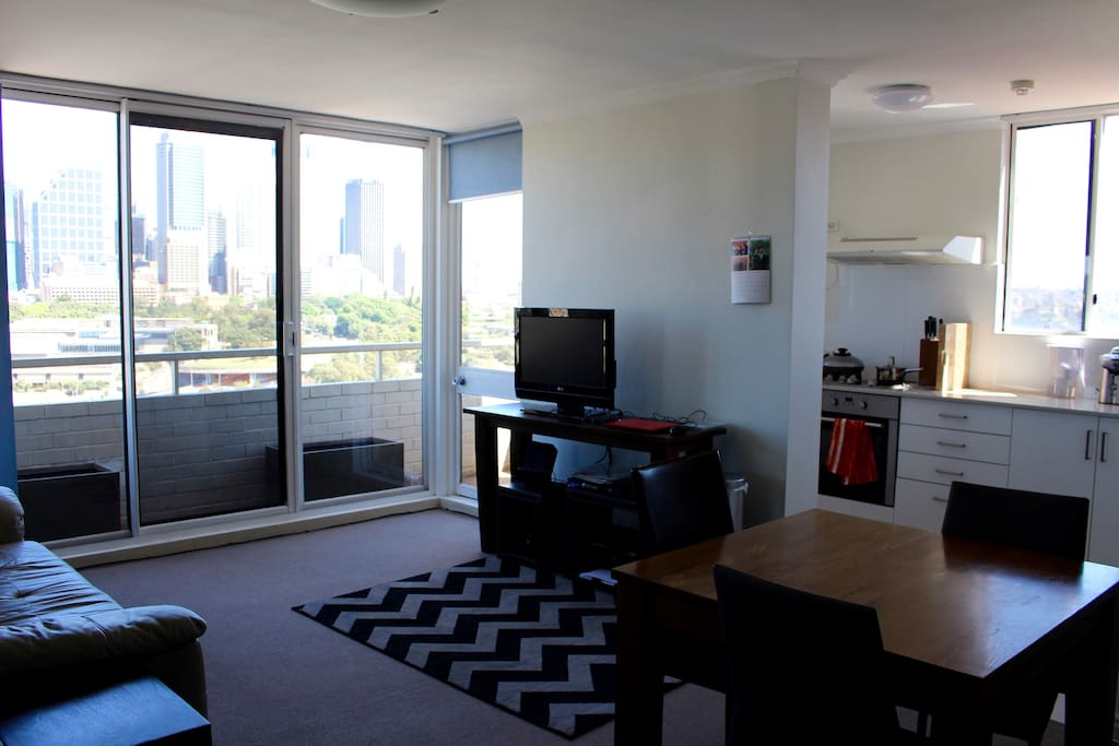 Apartment is spacious with really large windows and fantastic view of Sydney downtown and Opera house
