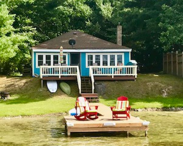 Quiet Lakehouse get-a-way