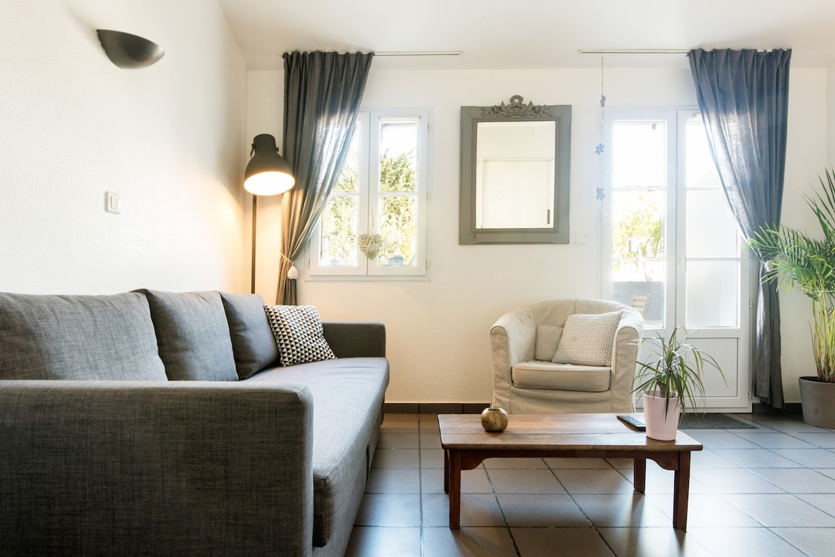 La rochelle with photos top places to stay in la
