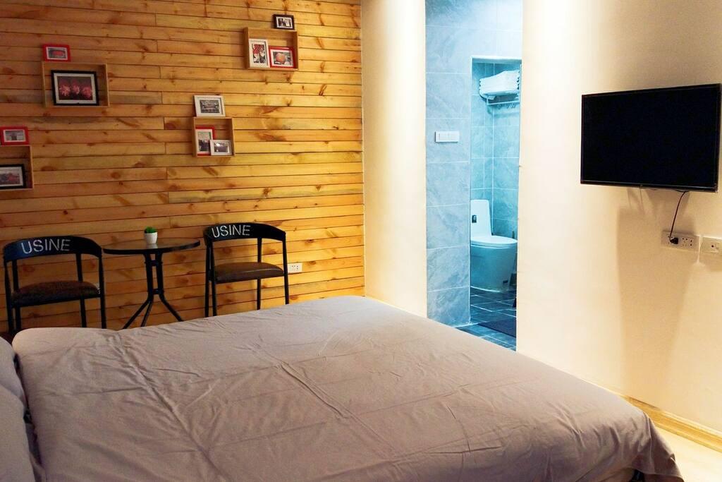 卧室,1米8大床房