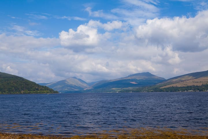 Taigh Rosie Self Catering Lochside Cottage - Inveraray - บ้าน