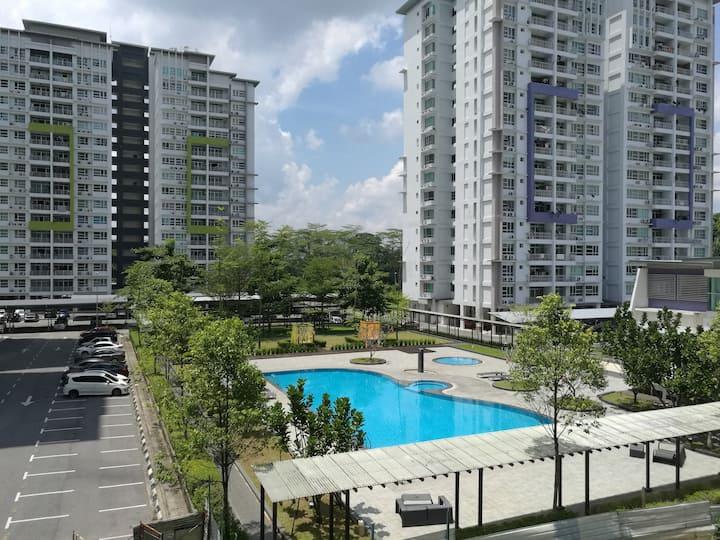 Skyvilla Home ~ Resort style Condominium