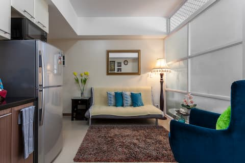Suite Room Wifi/Netflix Ready & Parking Inclusive