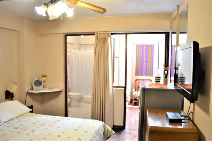 New Nice Room in the heart of Miraflores BNB