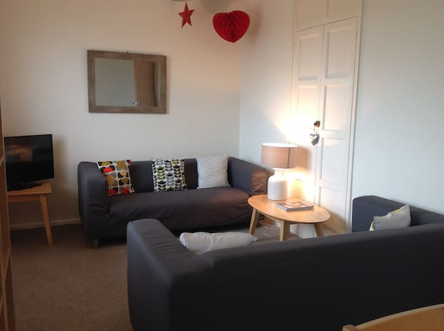 One Bedroom First Floor Apartment - Padstow - Byt