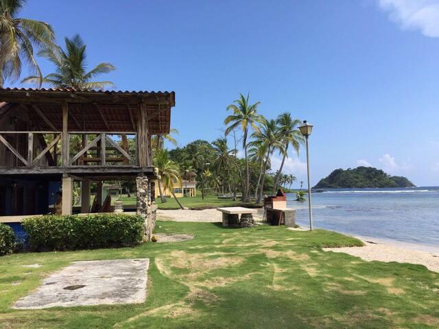 Casas en el Caribe Panameño - Lugar privado