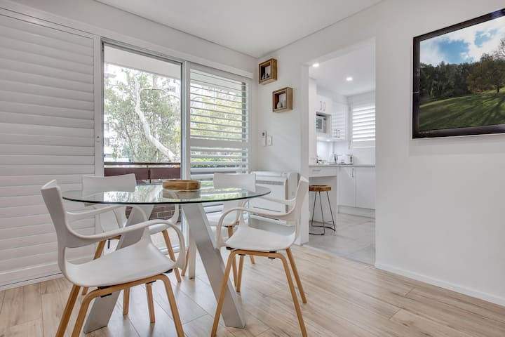 Renovated unit in the heart of Macquarie Park