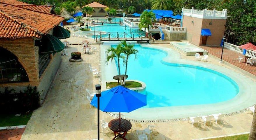 hotel lujoso en el parque tayrona