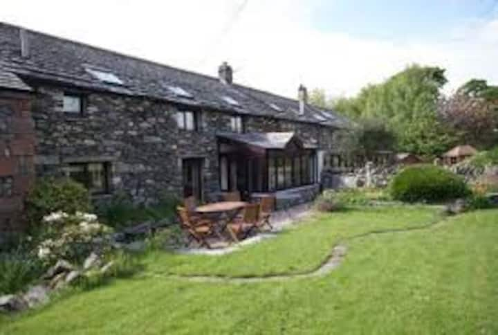 Goosemire Cottage, Bampton, Lake District, 3 beds