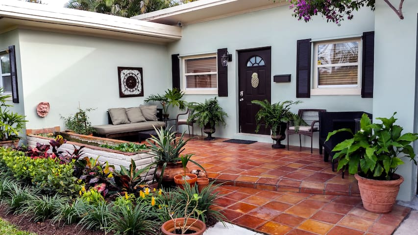 Delightful South End WPB - West Palm Beach - House