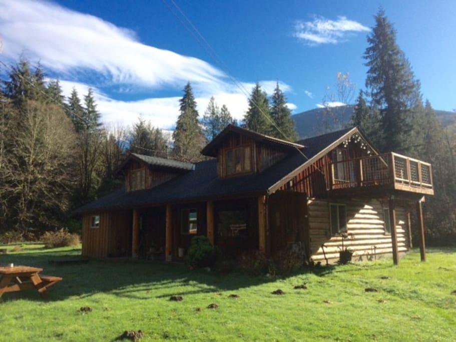 Historic Log Cabin Houses For Rent In Marblemount