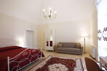 Stanza da letto/Bedroom - Deluxe Comfort Room
