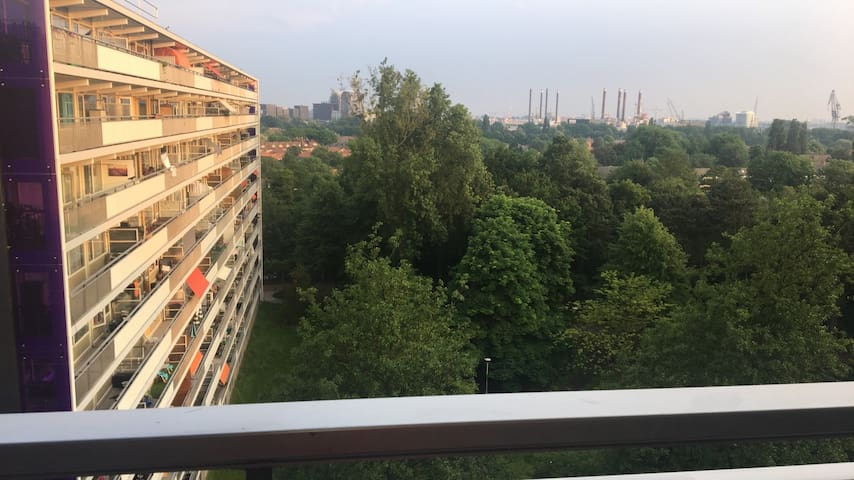 Amsterdam appartement with Nice view *WOMEN ONLY*!