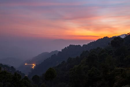 The Kasauli Heights | 3 BHK - By Homestay DaDDy
