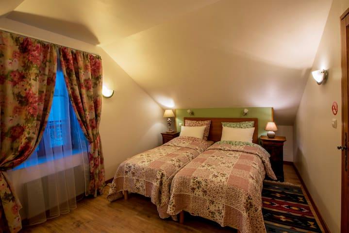 """Chambre 3 """"Confort"""" / Room 3 """"Comfort"""" / комната 3 """"Комфорт"""""""