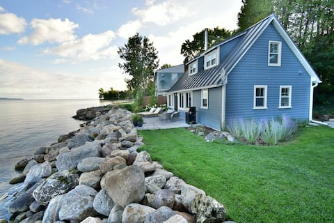 Cosy and modern cottage on beautiful Georgian Bay