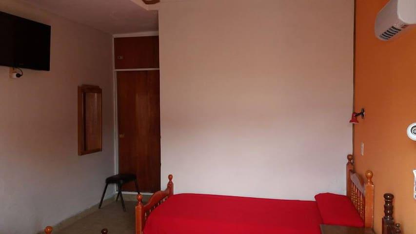 Hotel Los Olivos, un hotel familiar y termal.