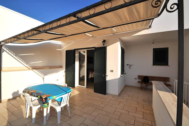 Villa a few meters from the beach, 6 places