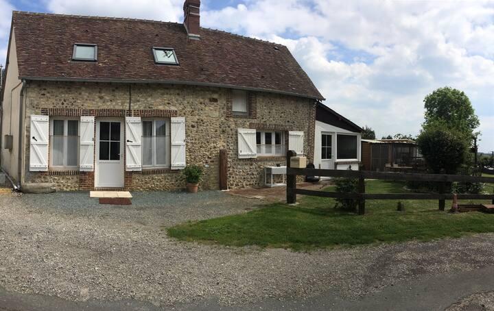 Petite maison restaurée au calme dans un hameau