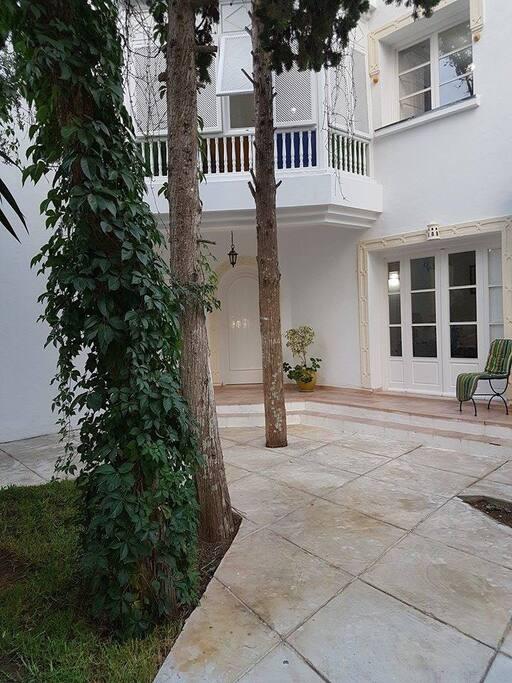 Terrace entrée