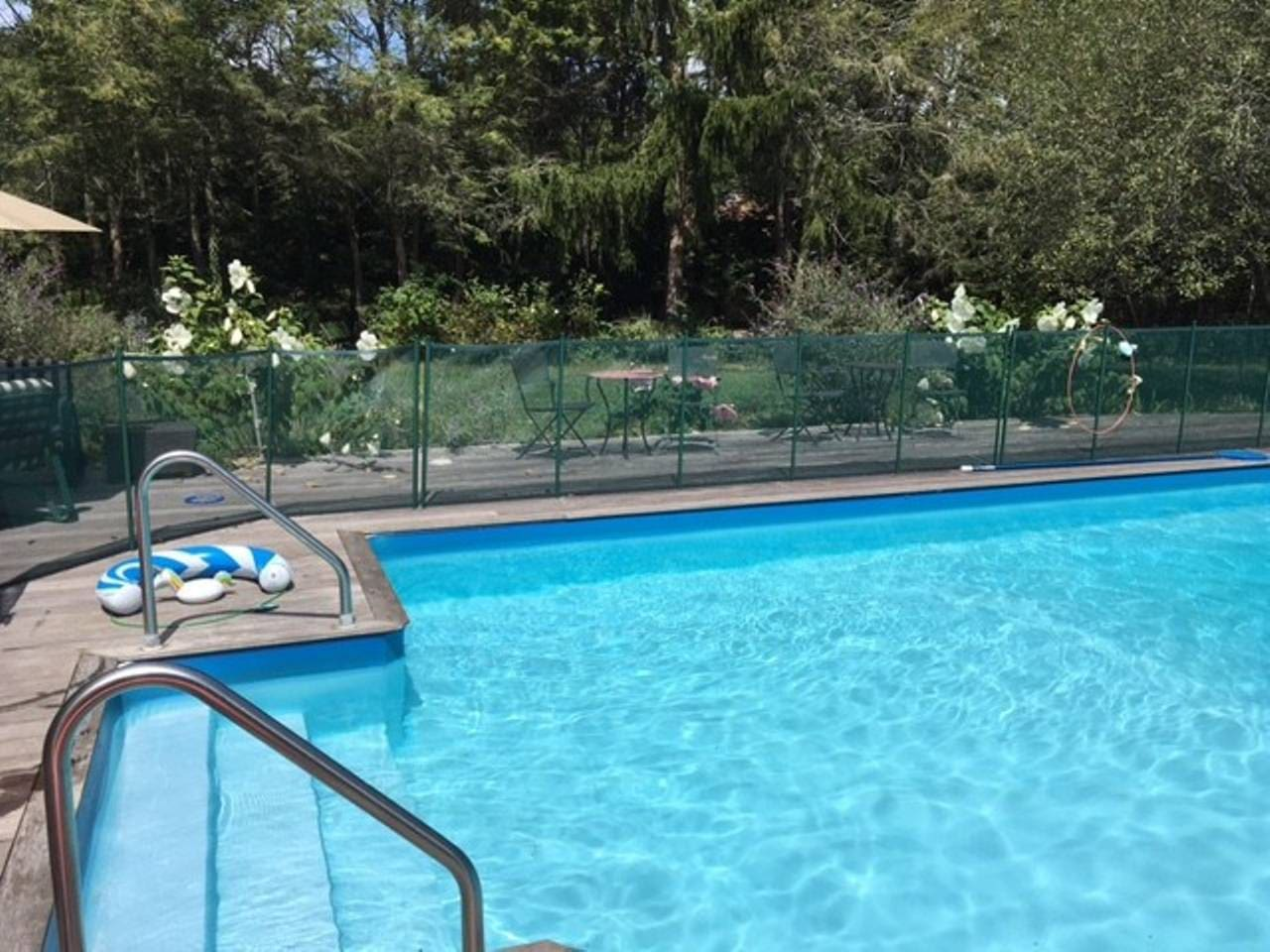 Private 5 bedroom home w/ pool and yard
