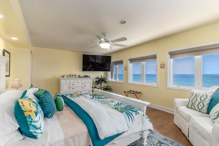 Oceanfront master suite, featuring 70-inch 4K TV, 4K DVD player and 4K DirecTV satellite movies & channels