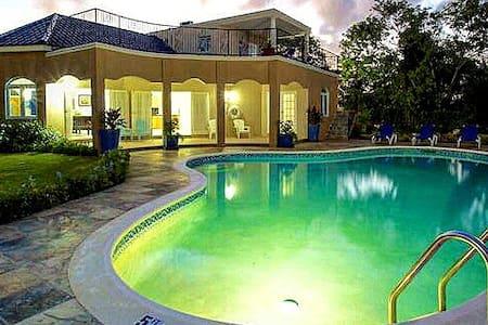 Mi Amor Villa, SilverSands - Duncans - 別荘