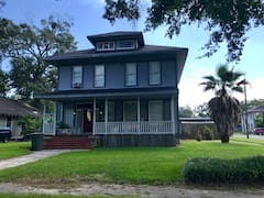Historic+Downtown%2FPrivateUpstairs+Apartment+w%2FWiFi