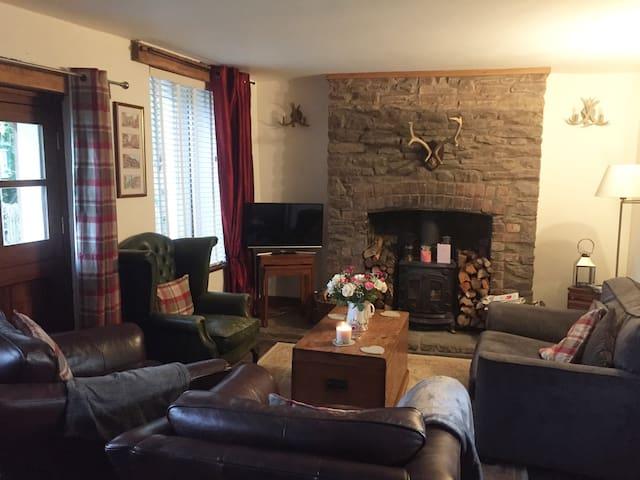 Autumn/winter romantic double room. Abergavenny