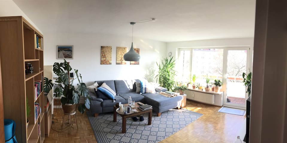 Lovely & bright flat close to the center of Munich