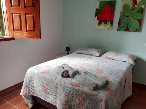 Casa no 1° andar em chácara/ Wifi / Piscina
