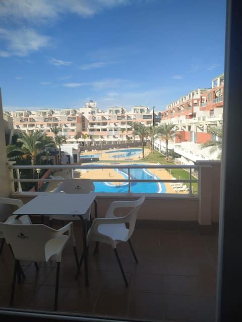 Apartamento de 2 dormitorios  en Vera-Playa.