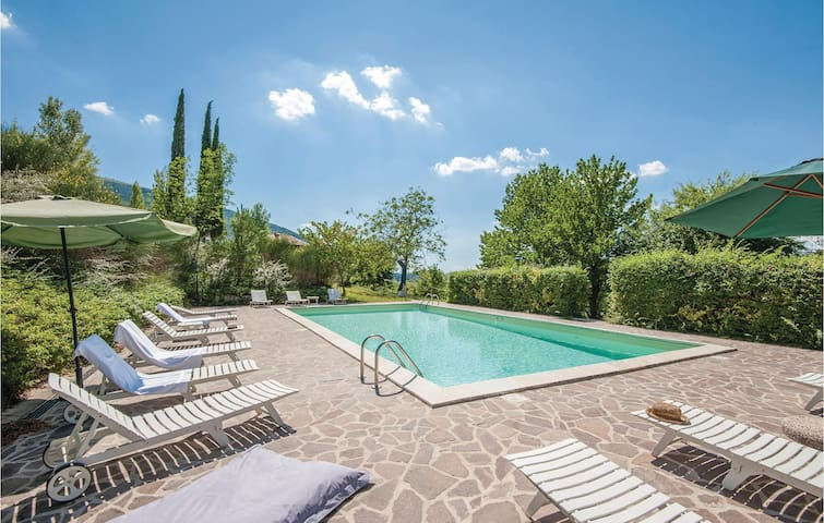 Holiday apartment with 1 bedroom on 50m² in Assisi (PG)