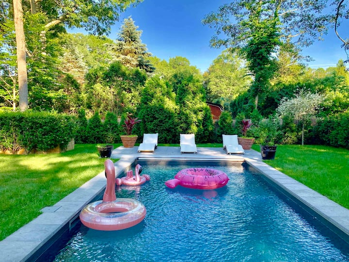 Relax Poolside in This Perfect Hamptons Retreat