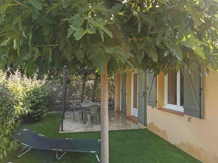 villa indépendante avec Jacuzzi  proche Fréjus 🏝
