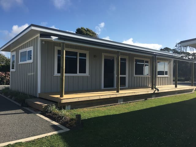 85 Airport Drive Cosy Two Bedroom Cottage.   2