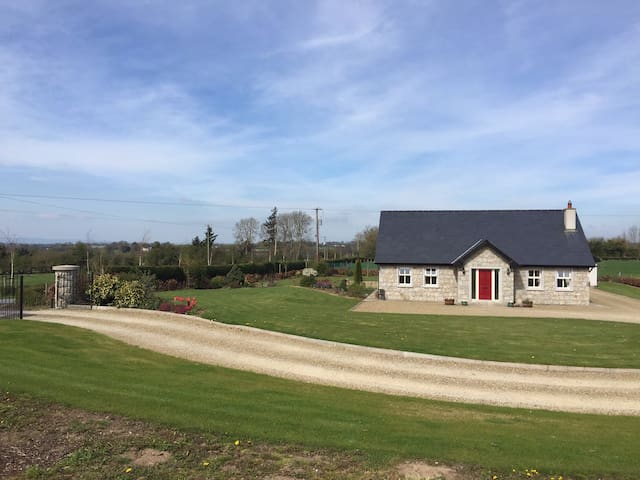 B&B In Charming Irish Country Home - Rathvilly  - Casa