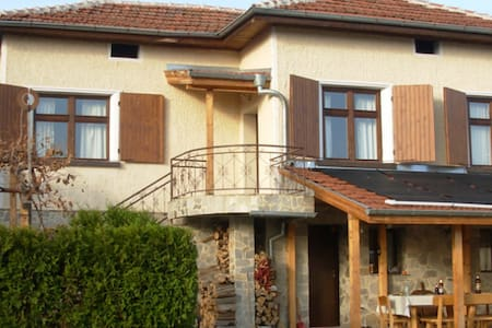 Villa Veska- swimming, bikes, horseriding, walking