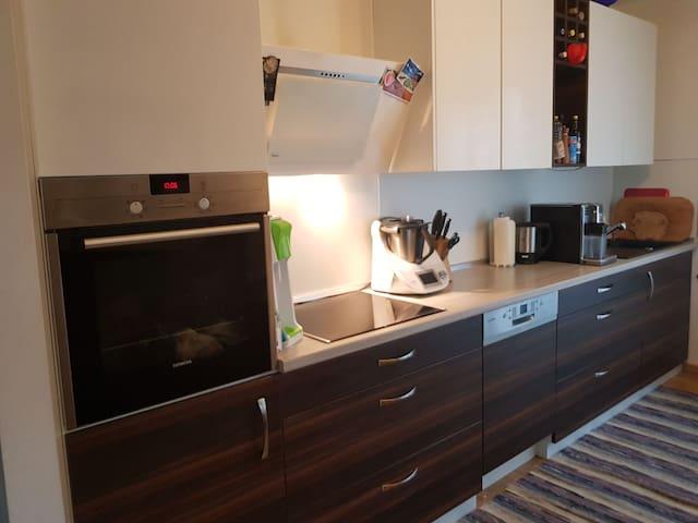 Neuwertige und moderne Münchner Wohnung