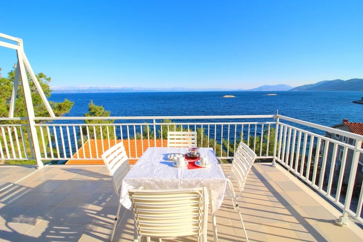 Apartments Villa Barbon - Superior One Bedroom apartment with terrace and sea view
