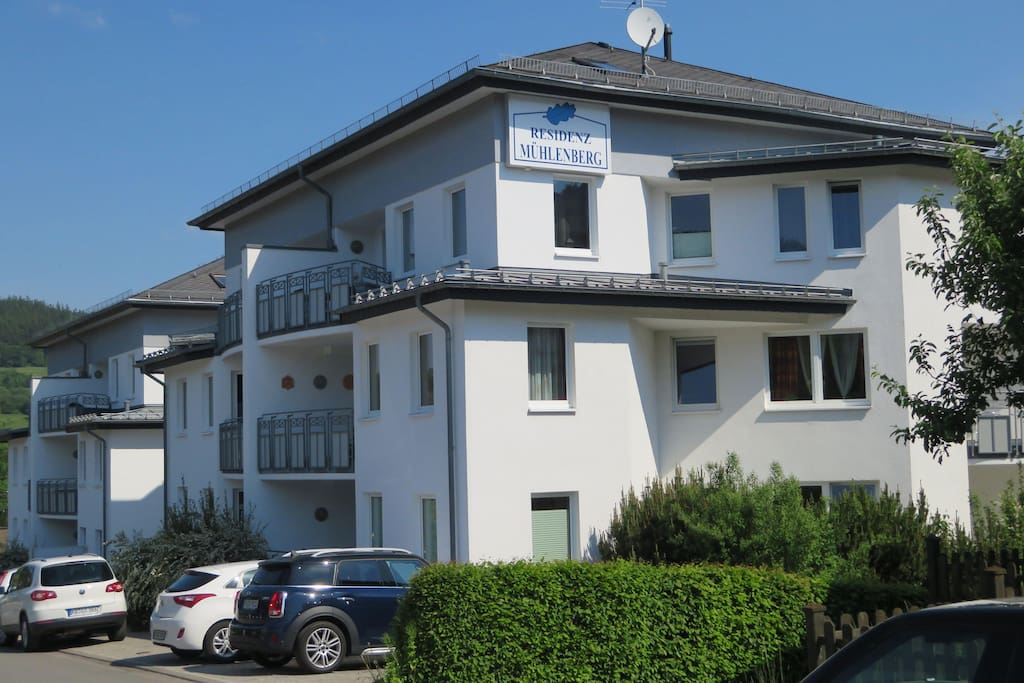Residenz Mühlenberg (Bergseite)